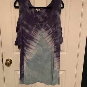 Avenue Tie Dyed Cold Should Top